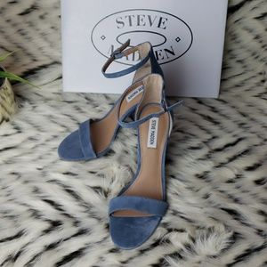 f3165e417a8 Steve Madden Shoes - Steve Madden Size 9 Blue Frame Open Toe Heels NWB